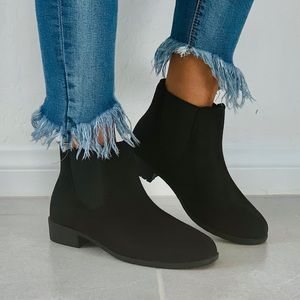 NIB Black Summit Velour Chelsea Ankle Bootie
